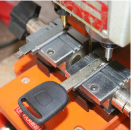 8.1mm wide Key clamp for...